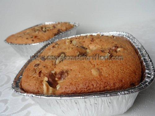 resimli kasede cevizli kek
