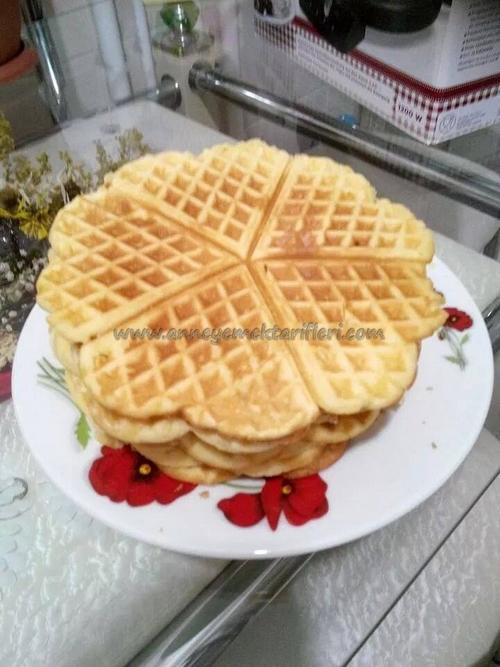 meyveli çikolatalı waffle
