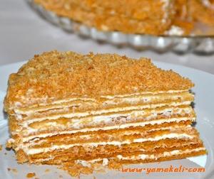 rus pastası medovik tarifi