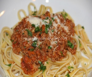 bolonez soslu makarna