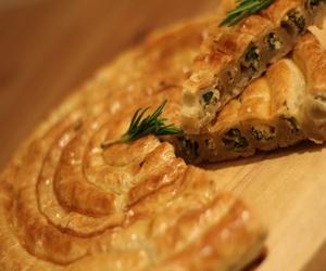 ıspanaklı peynirli rulo börek