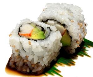 avokadolu fındıklı sushi