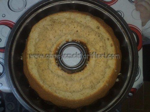 sürpriz kremalı kek aşamalı tarifi
