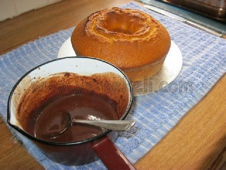 çikolata soslu havuçlu pasta