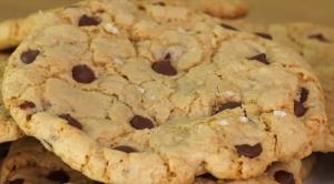 Damla çikolatalı kurabiye